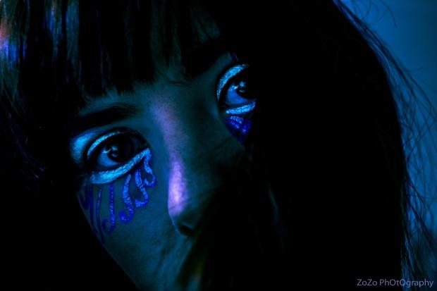 Silver Eyes 8